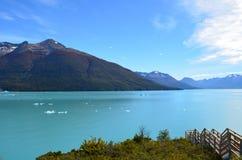 Argentino Lake Royaltyfri Foto