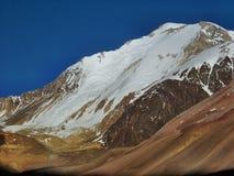 Argentinska Anderna - expedition till Vall de Colorado royaltyfri fotografi
