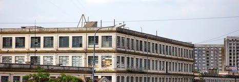 Argentinska gamla arbetsbyggnader i fattig sida av den Buenos Aires staden fotografering för bildbyråer