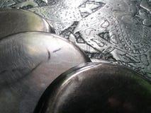 Argento di piastra metallica della latta dei piatti fotografie stock libere da diritti