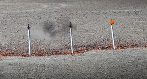 Argilla che si rompe durante la concorrenza del fucile da caccia Immagine Stock Libera da Diritti