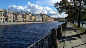 Argine del fiume di Fontanka immagine stock