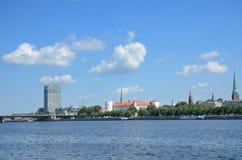 Argine del ` s di Daugava della città lettone Riga Immagine Stock Libera da Diritti