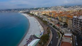 Argine e spiaggia a Nizza stazione turistica, viaggio, vista panoramica stupefacente stock footage