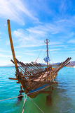 Argo statku kopia prehistoryczny naczynie w portowym Volos, Grecja obraz stock