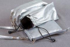 Argomenti per i cosmetici e gli occhiali Fotografia Stock Libera da Diritti