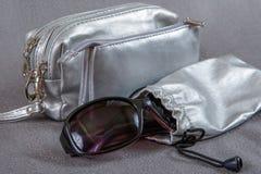 Argomenti per i cosmetici e gli occhiali Immagine Stock