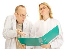 Argumentation de deux médecins Image libre de droits