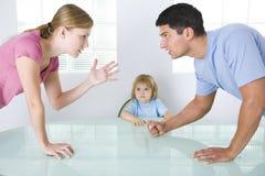 argumentation des parents Photographie stock libre de droits