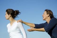 Argumento entre a matriz e a filha. Fotografia de Stock Royalty Free