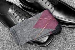 argyle μαύρες κάλτσες παπουτσιών δέρματος Στοκ φωτογραφία με δικαίωμα ελεύθερης χρήσης