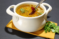 Arhar daal ή σούπα φακών Στοκ Εικόνες