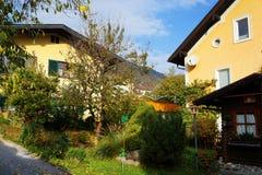 Arhitectural szczegół w Bischofshofen miasteczku w jesień dniu fotografia stock
