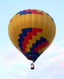 Aria-aerostato nel cielo Fotografia Stock