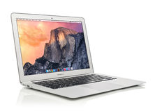 Aria all'inizio del 2014 di Apple MacBook Immagini Stock