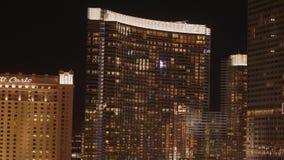 Aria Hotel y casino en la noche - los E.E.U.U. 2017 almacen de metraje de vídeo