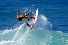 Aria praticante il surfing Fotografie Stock Libere da Diritti