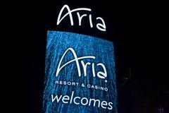 Aria Resort och kasino på natten Royaltyfria Foton