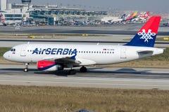 Aria Serbia, Airbus A319-132 di YU-APA fotografia stock