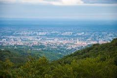 Arial sikt av staden Zagreb Arkivbilder