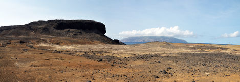 Arid terrain leading peak Royalty Free Stock Images