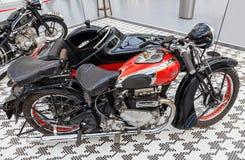 Ariel Square Four retro motorcykel fotografering för bildbyråer