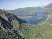 Ariel widok Mgliści Fjords w Ketchikan Alaska Tongass lesie państwowym zdjęcia royalty free