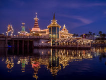Ariels-Grotte am Paradies-Pier bei Disney Stockfoto