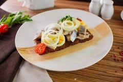 Aringa e patata salate Immagine Stock Libera da Diritti
