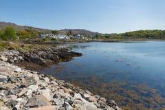 Arisaig Escocia Reino Unido al sur de Mallaig en montañas escocesas un pueblo de la costa Fotografía de archivo libre de regalías