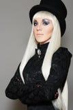 Aristrocratische retro vrouw in buitensporig Carnaval kostuum Stock Afbeeldingen