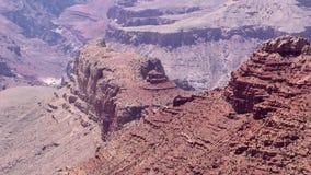 Arizona, Grand Canyon, A cercana para arriba de una formación de roca grande en Grand Canyon almacen de metraje de vídeo