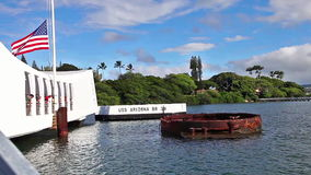 Arizona memorial tourists. HONOLULU, OAHU, HAWAII, USA - AUGUST 21, 2016:Tourists visiting patriotic memorial monument shipwreck of USS Arizona BB 39 at Pearl stock video footage