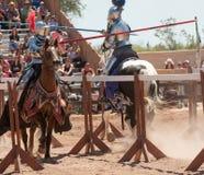 Arizona renässansfestival som Jousting Arkivbilder