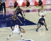Arizona-Schutz Dylan Smith Sets Up ein Spiel Lizenzfreies Stockfoto