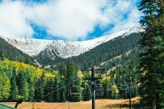 Arizona Snowbowl im Fahnenmast lizenzfreie stockbilder