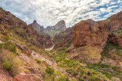 Arizona--Spur des Aberglaube-Gebirgswildnis-verlorene Holländer-Zustands-Park-Druckdosen-abgehobenen Betrages, lizenzfreies stockfoto