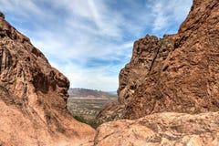 Arizona--Spur des Aberglaube-Gebirgswildnis-verlorene Holländer-Zustands-Park-Druckdosen-abgehobenen Betrages, lizenzfreies stockbild