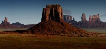 Arizona-/Staat Utah-Linie Lizenzfreie Stockfotografie