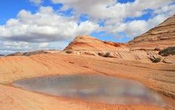 Arizona/Utah: PrärievargButtes - I ANDRA HAND VÅG efter regn Arkivfoto