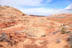 Arizona/Utah: PrärievargButtes som är norr - slingalandskap till VÅGEN Arkivbild