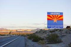 Arizona välkomnande dig på I-10 Arkivbilder