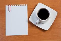 ark för paperclip för papper för kaffekopp Royaltyfri Fotografi