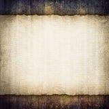 Ark för tomt papper på grungebakgrund Arkivfoto