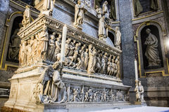 The Ark of Saint Dominic. A Renaissance sarcophagus containing his remains made by Nicola Pisano, Niccolo dell`Arca and Michelangelo. Basilica di San Domenico Stock Photography