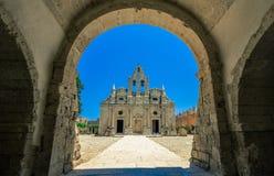 Arkadi monaster na Crete wyspie, Grecja Ekklisia Timios Stavros, Moni Arkadiou w grku - zdjęcie stock
