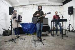 Arkady Kots, συναυλία 12.04.2014 γκαράζ του Κίεβου Στοκ εικόνα με δικαίωμα ελεύθερης χρήσης