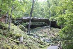 Arkansas naturlig bro 4 Arkivbilder