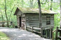 Arkansas naturlig bro - gammal hemmankabin - 2 Royaltyfri Fotografi