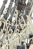Arkany i olinowanie od starego żeglowanie statku Obrazy Royalty Free